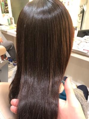 縮毛矯正の仕上がりの写真
