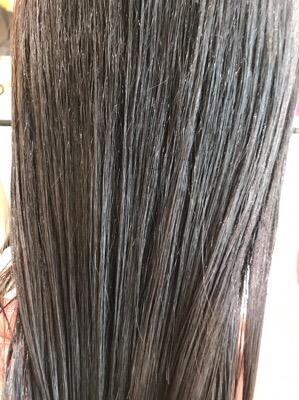 特殊なトリートメントをつけた髪の状態