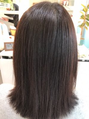 縮毛矯正後のバックスタイル