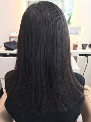 縮毛矯正後のバックスタイル写真
