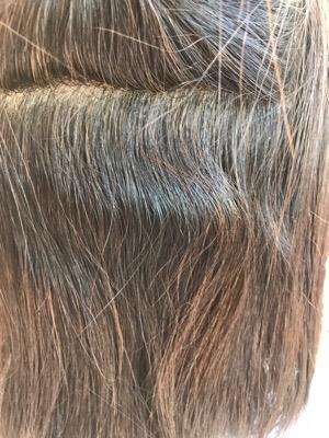 縮毛矯正前の髪
