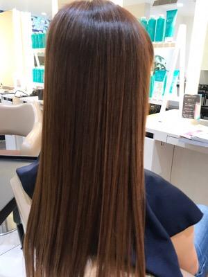 髪質改善トリートメント後の髪