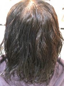 髪質改善縮毛矯正をする前の状態