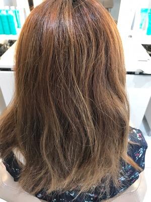 髪質改善縮毛矯正をかける前の状態