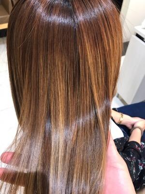 髪質改善縮毛矯正をかけた状態の髪