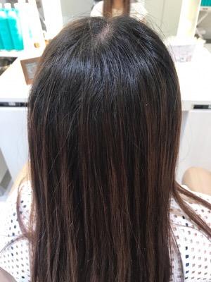 髪質改善縮毛矯正前の状態