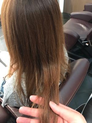 ブリーチ縮毛矯正をかける前の髪