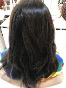 クセの出ている状態の髪