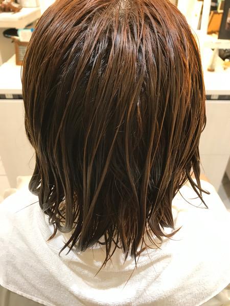 ブリーチ縮毛矯正をする前の髪