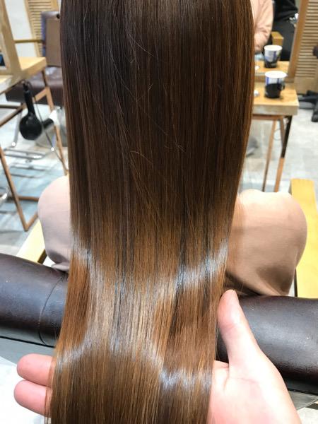 髪質改善トリートメントをした髪