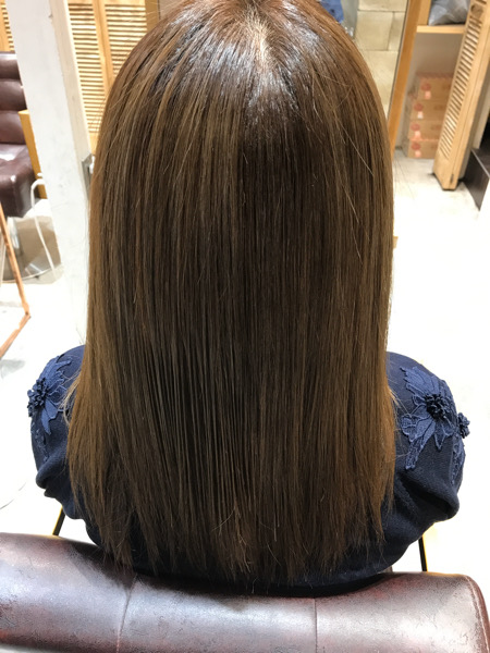 髪質改善トリートメントをかけた後の髪