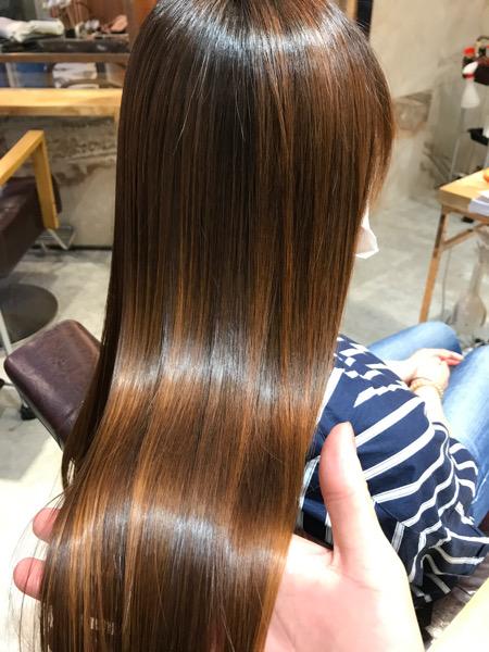 髪質改善トリートメントを施術したサイドバックスタイル