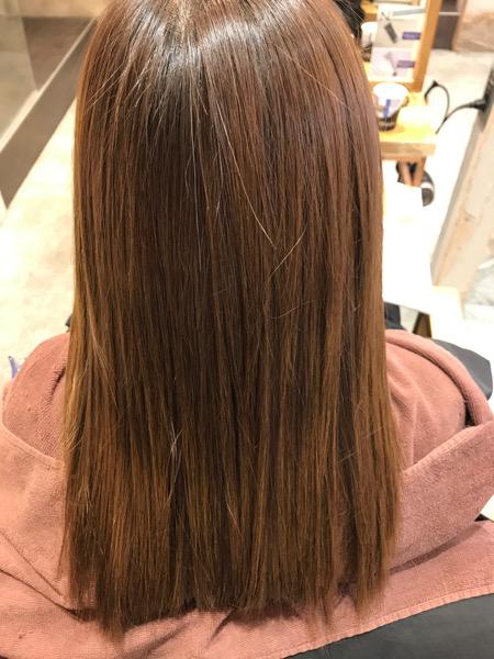 縮毛矯正のアイロンをかけた後の髪の状態