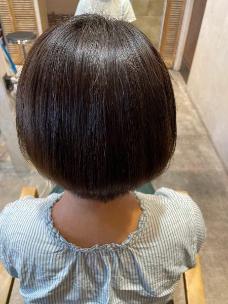 ブリーチ縮毛矯正+髪質改善トリートメントをした仕上がり