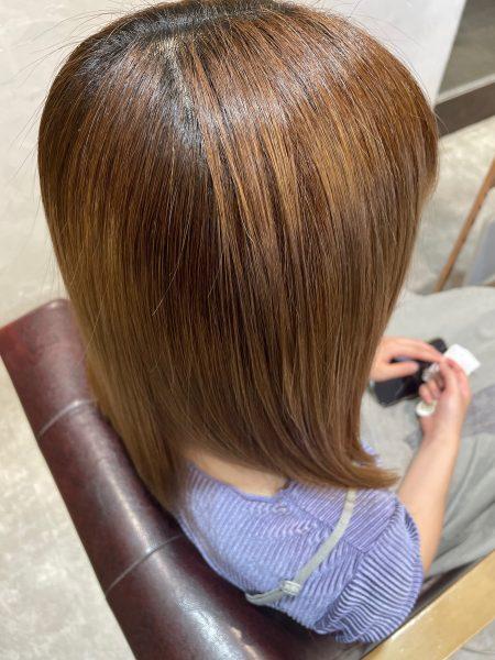 ブリーチ髪質改善縮毛矯正をした後の髪の状態(サイドバック)